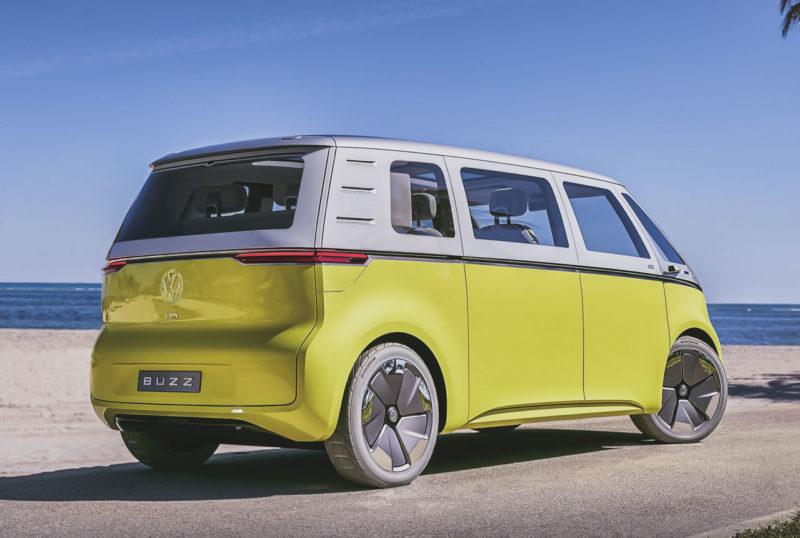 Entscheidung für neuen VW Bulli mit Elektroantrieb: Die Volkswagen Studie I.D. BUZZ geht in Serie
